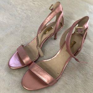Louise Et Cie Pink Metallic Heels size 7.5